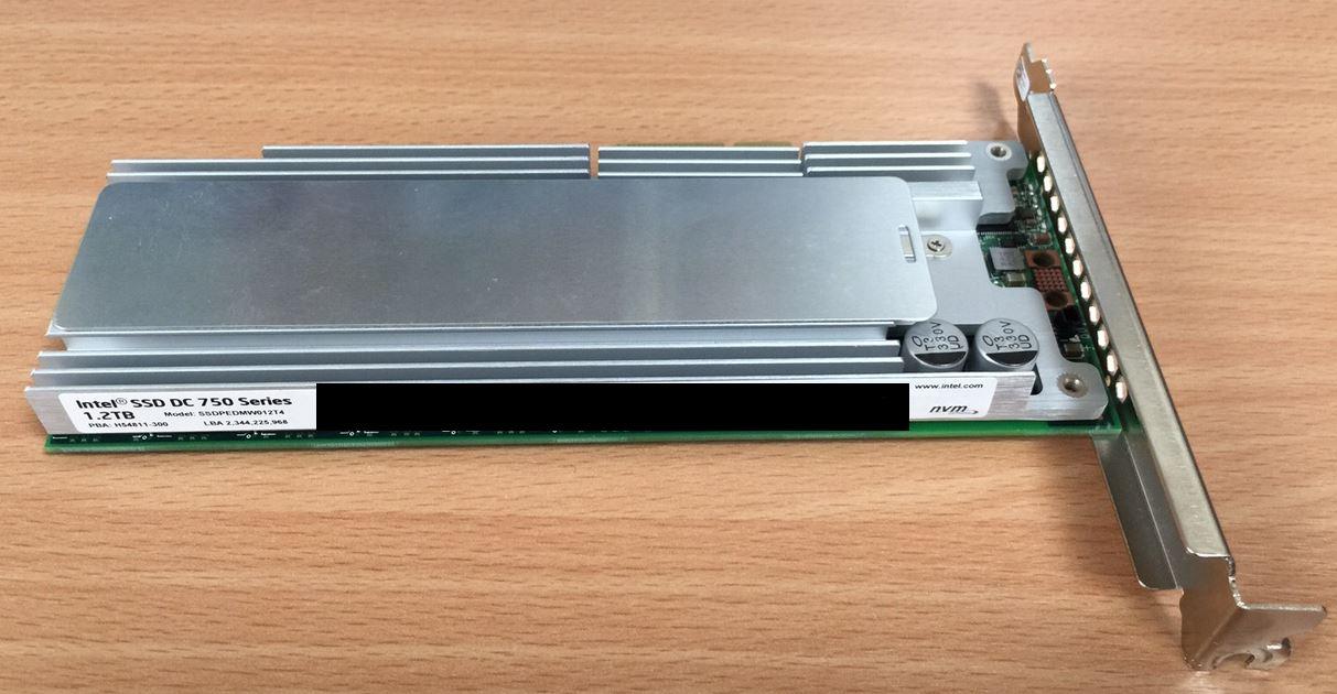 Intel SSD 750 1.2TB レビュー